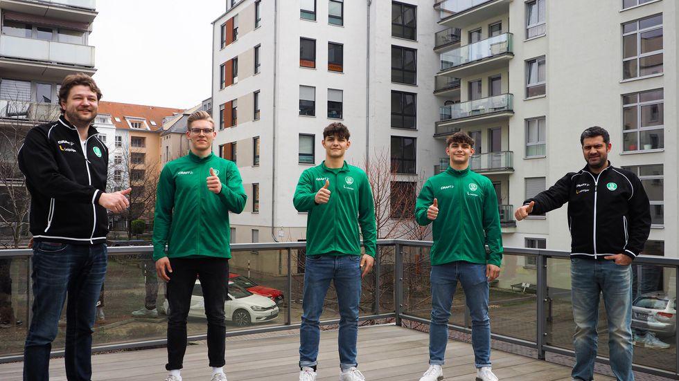 Nachwuchskoordinator Matthias Albrecht, Niclas Heitkamp, Finn-Lukas Leun, Jakob-Jannis Leun und Geschäftsführer Karsten Günther