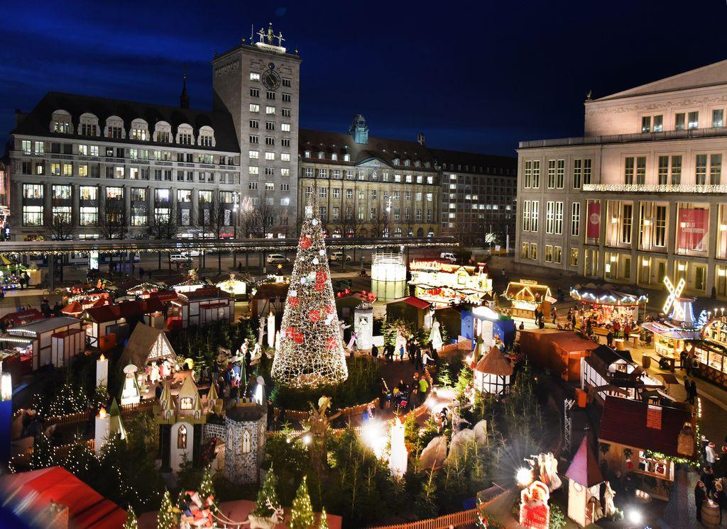 Leipziger Weihnachtsmarkt.Der Leipziger Weihnachtsmarkt Wird Eroffnet Radio Leipzig