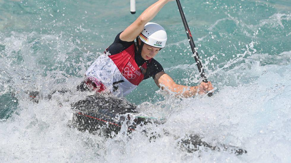 Slalomkanutin Andrea Herzog ist ins olympische Halbfinale bei den Sommerspielen in Tokio eingezogen.